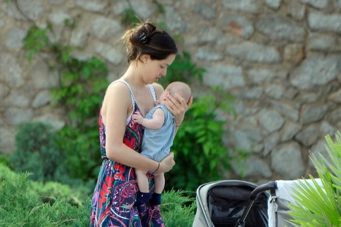 Ana sa sinom Lukom: sa porodicom često dolazi u Beograd