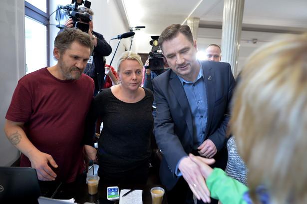 Piotr Duda spotkał się z uczestnikami protestu okupacyjnego. Fot. PAP/Jacek Turczyk