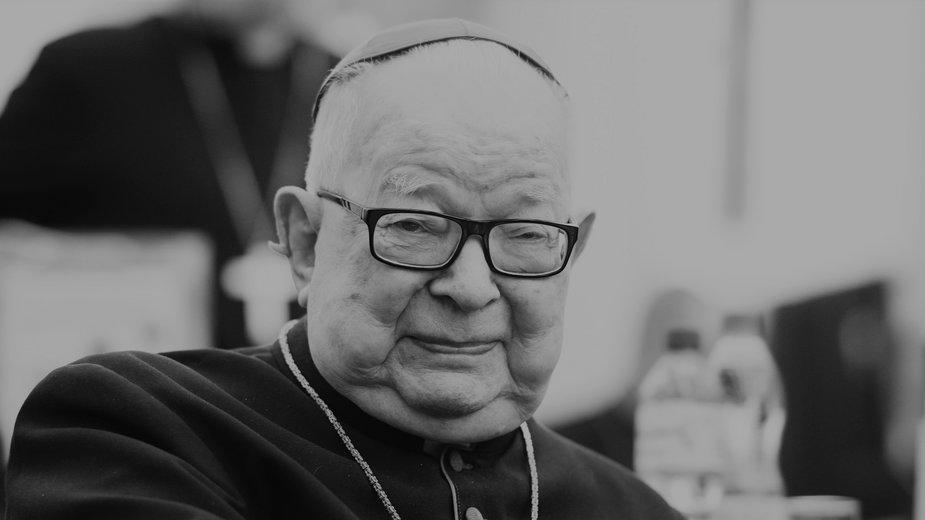 Kardynał Henryk Gulbinowicz zmarł 16 listopada we wrocławskim szpitalu przy ul. Kamieńskiego. Miał 97 lat