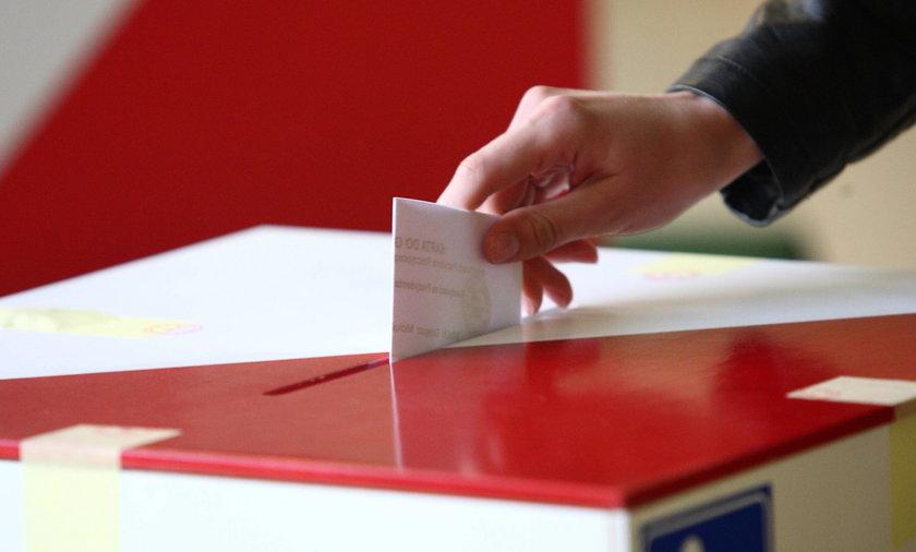 Państwowa Komisja Wyborcza alarmuje