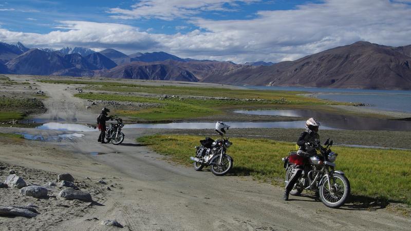 Kobiety na motocyklach zdobywają Himalaje