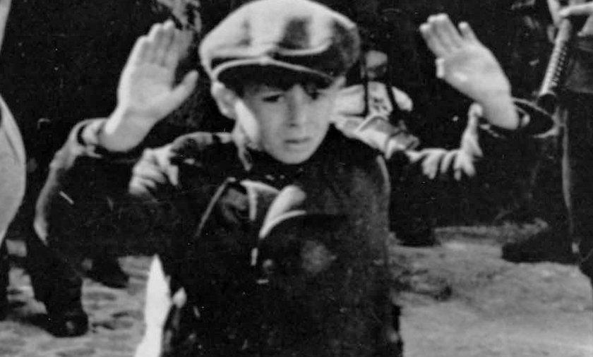 Kim jest dziecko z tego zdjęcia? Czy przeżyło?