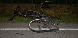 Samochód uderzył w grupę rowerzystów. Kierowcy grozi 8 lat