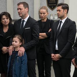 Barwy szczęścia: pogrzeb Marty