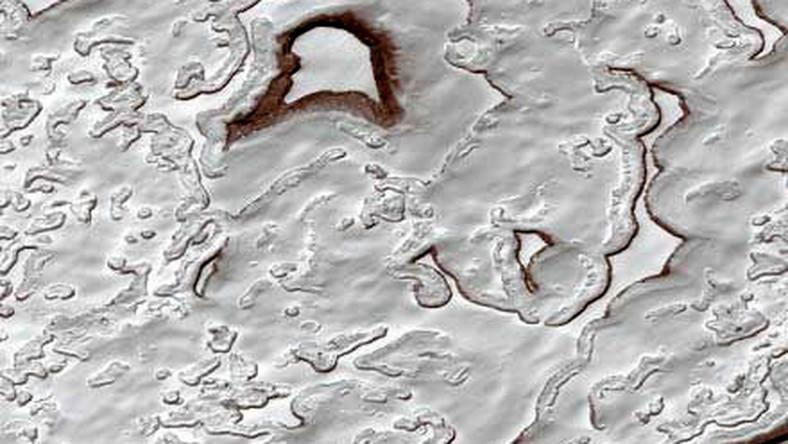 Mars to niezwykła, wciąż niepoznana planeta. Najpiękniejsze zdjęcia czerwonej planety zrobione zostały przez sondę Opportunity. Czy to jeszcze nauka, czy może już sztuka?