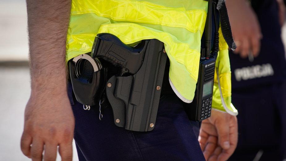 Poznań: Policja strzelała do schizofrenika. Dramatyczne szczegóły akcji