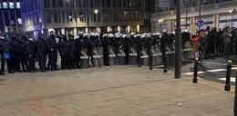 """Trzaskowski krytykuje działania policji. """"Gaz łzawiący przeciwko kobietom? Naprawdę?"""""""