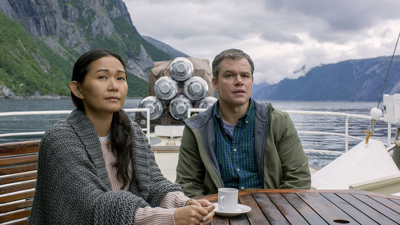 Hong Chau i Matt Damon