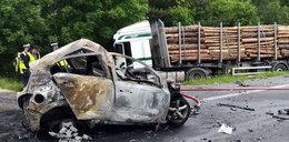 Tragedia pod Mławą. Kierowca spłonął żywcem