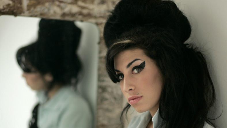Zobacz nowy teledysk Amy Winehouse