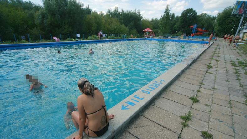 Na warszawskich basenach odbywają się orgie?