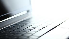 Starożytna grecka rzeźba przedstawia... laptop?