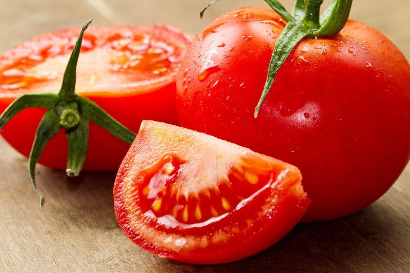 Badania dowodzą, że zawarty w pomidorach likopen  ma silne działanie antynowotworowe – chroni przed rakiem prostaty