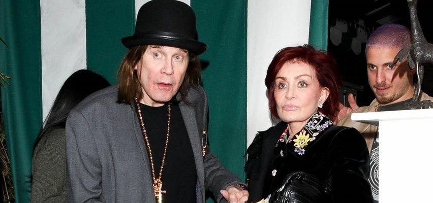 Ozzy Osbourne ma poważne problemy zdrowotne. Czeka go operacja kręgosłupa. Sharon Osbourne: pęka serce, kiedy na to patrzysz