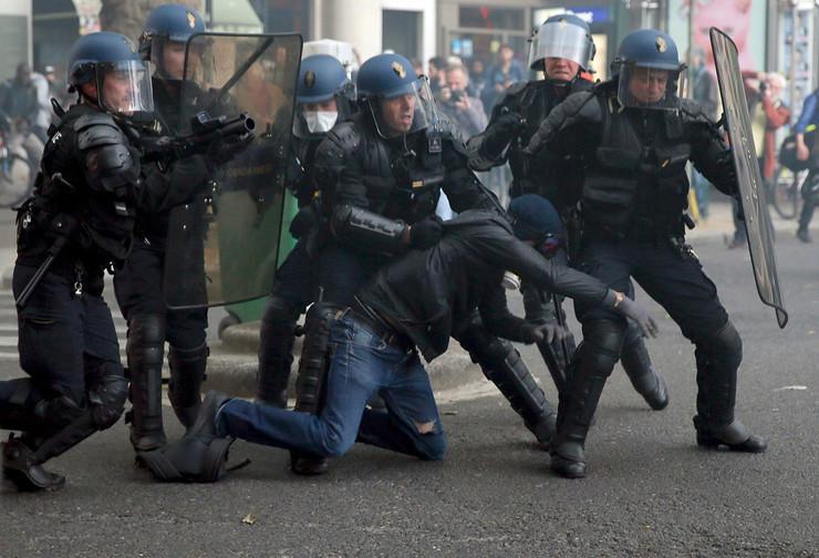 pariz sukobi