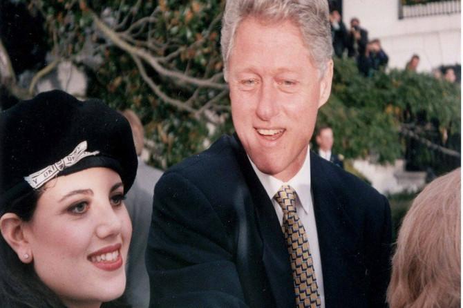 """Monika Levinski oktrila prljave detalje o SEKSU sa Klintonom: """"Niko nije hteo da mi kaže šta mi je OD NJEGA ostalo na haljini"""""""