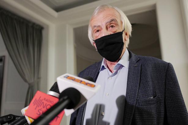 Niestety obawiamy się trzeciej fali pandemii - powiedział Terlecki.