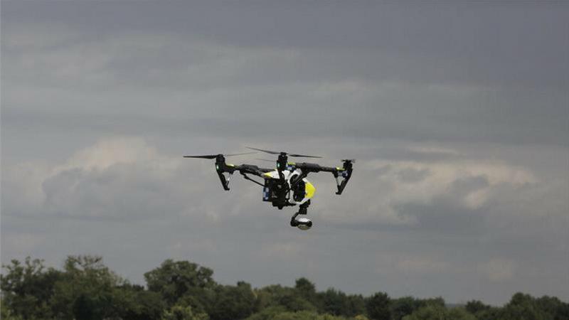 Brytyjska policja przyjęła do służby pierwszego drona