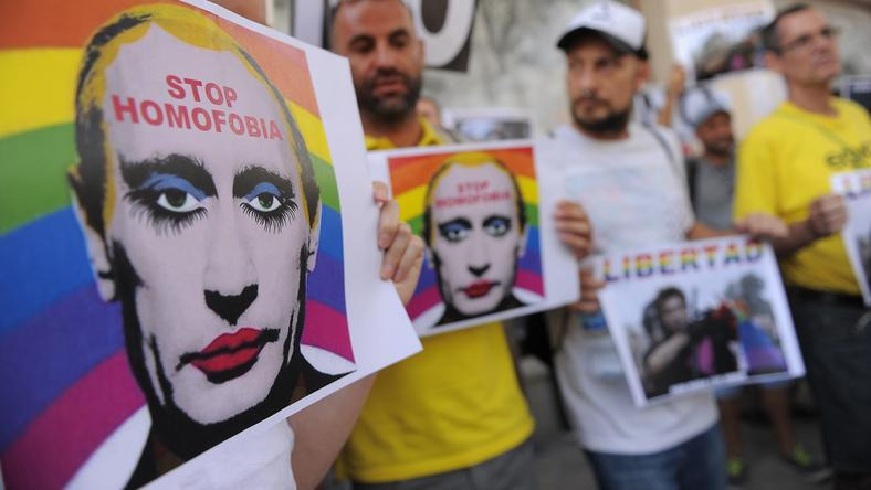 Protest przeciwko rosyjskiemu prawu wymierzonemu w homoseksualistów, Madryt