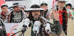 """Górale zapraszają Dudę na narty: """"Nie musi pan się przebierać za sportowca, jak Emilewicz"""""""