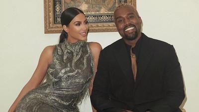 Kanye West celebrates wife Kim Kardashian on becoming a 'billionaire'