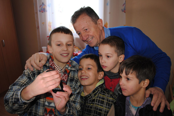 Mališani su bili oduševljeni Žikom Šarenicom