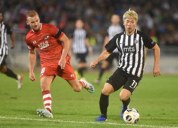 Asano napada ka golu AZ Alkmara