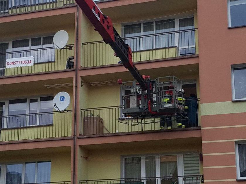 Wnuk uwięził mnie na balkonie