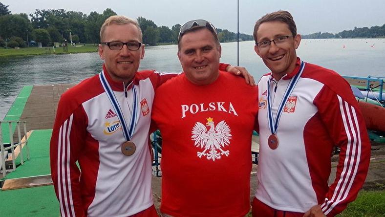 Marek Ploch z Piotrem Kuletą (po lewej) i Marcinem Grzybowskim (po prawej)