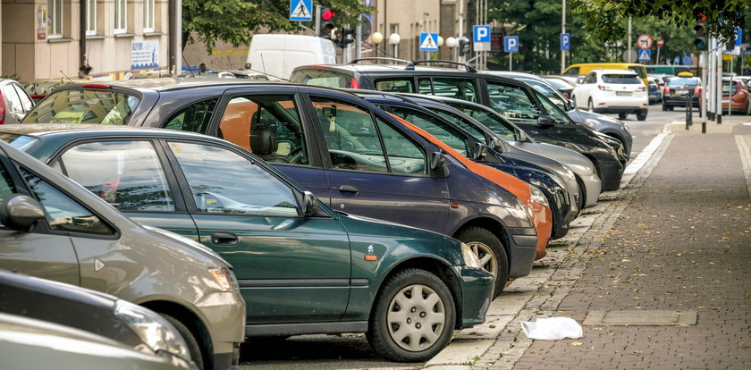 Nie będzie droższych parkingów, bo idą wybory