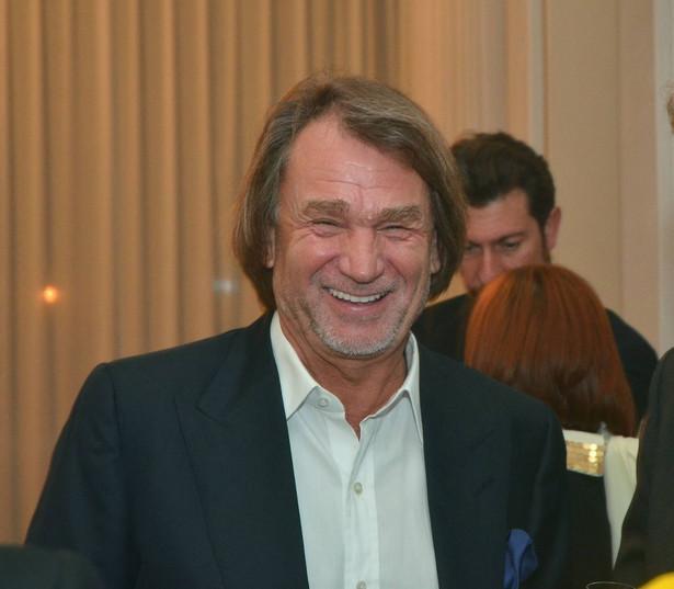 Jan Kulczyk sprzedał segment motoryzacyjny swojego biznesu w Polsce