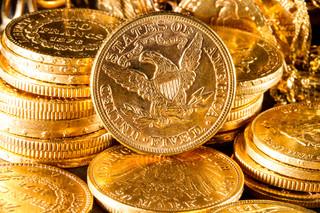 Złoty stabilny pomimo silniejszego dolara