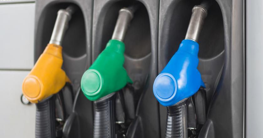 Kierowcy na stacjach paliw w Polsce zaczynają odczuwać skutki huraganu Harvey