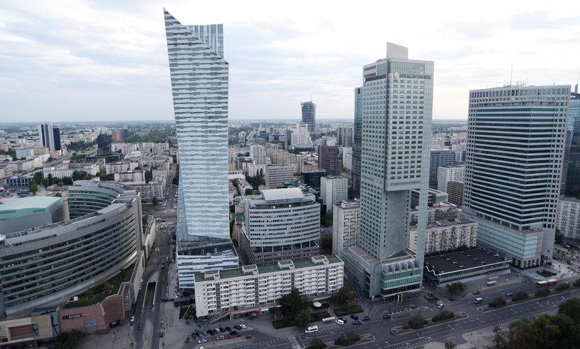 Polacy coraz mniej obawiają się ataków terrorystycznych