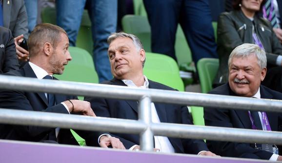 Aleksandar Čeferin u društvu pemijera Mađarske Viktora Orbana i Šandora Čanjija, predsednika FS Mađarske