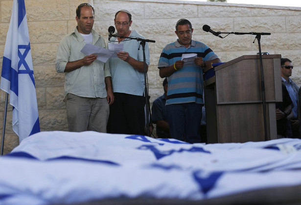 Izrael oskarża Hamas o zamordowanie trzech młodych osadników EPA/BAZ RATNER