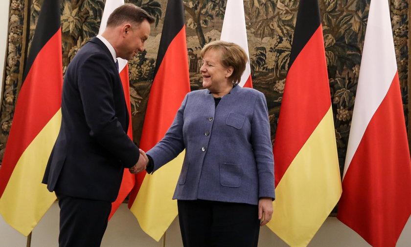 Duda podał Merkel suchara