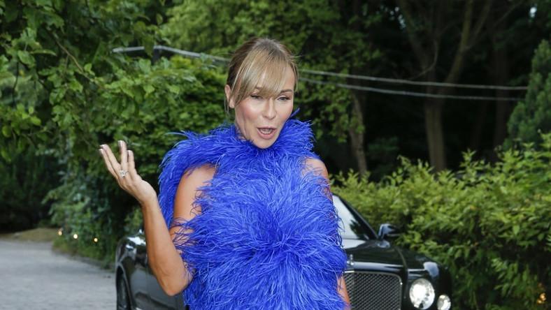 ... Wielbicielka i znawczyni mody lubi zwracać uwagę stylizacjami...