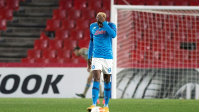 Nigerian striker Victor Osimhen to be assessed daily after a nasty head knock that sent him to the hospital