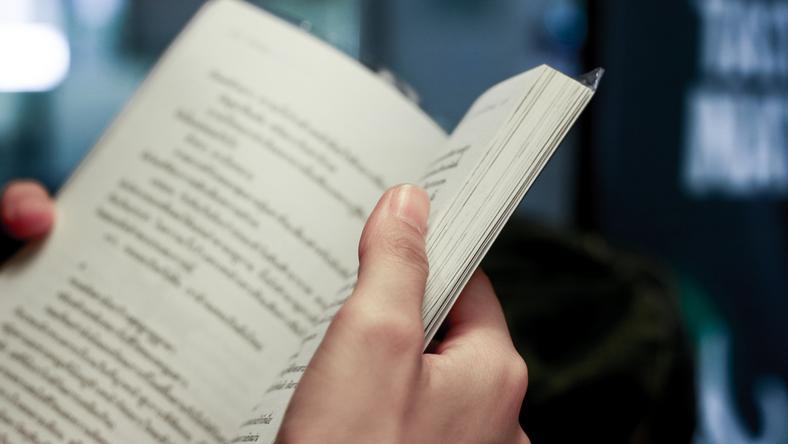 """""""Rzeczpospolita"""": Książka w stałej cenie? Rząd się waha, PSL składa projekt"""