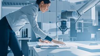 Anna Worwa: Pracownika trzeba przygotować do zmian technologicznych [PODCAST]