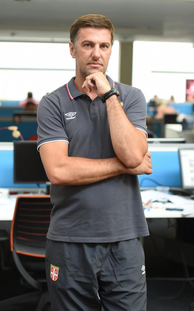 Mladen Krstajić