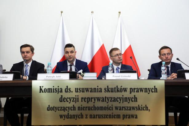 Członkowie komisji weryfikacyjnej ds. reprywatyzacji.