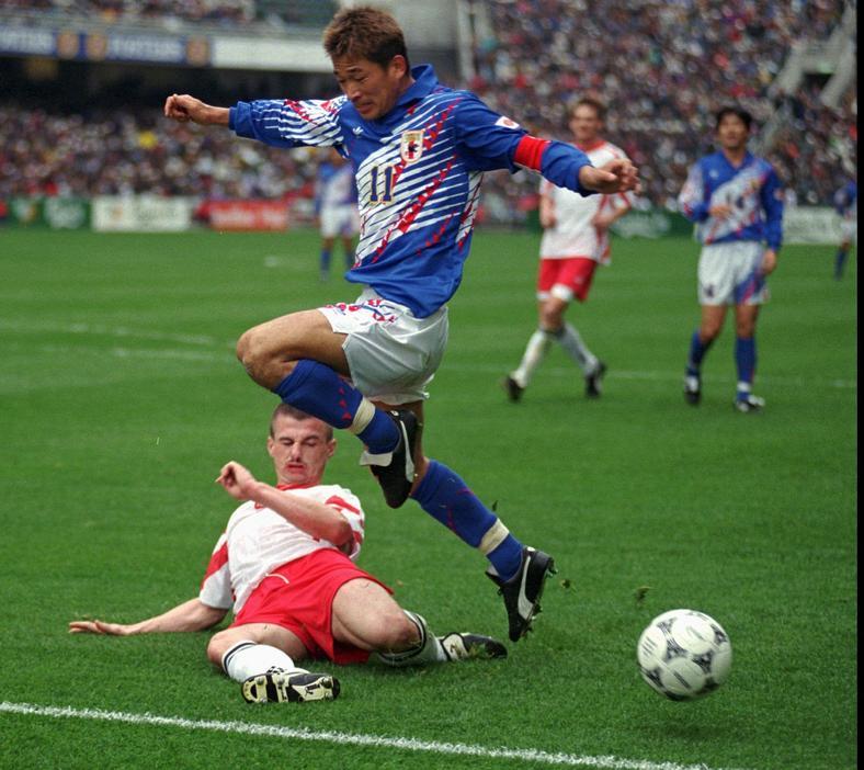 Kazuyoshi Miura rozegrał w reprezentacji Japonii 89 meczów. W 1996 wystąpił przeciw Polsce. W spotkaniu rozegranym w Hong-Kongu przegraliśmy 0:5, a Miura strzelił jednego gola.