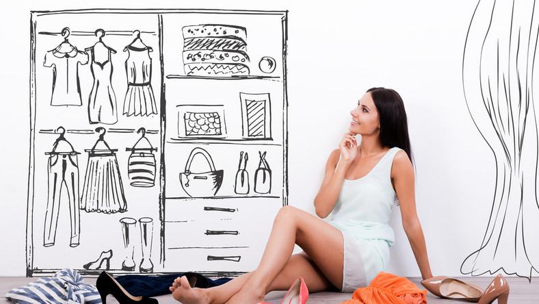 Jak stworzyć garderobę kapsułkową?
