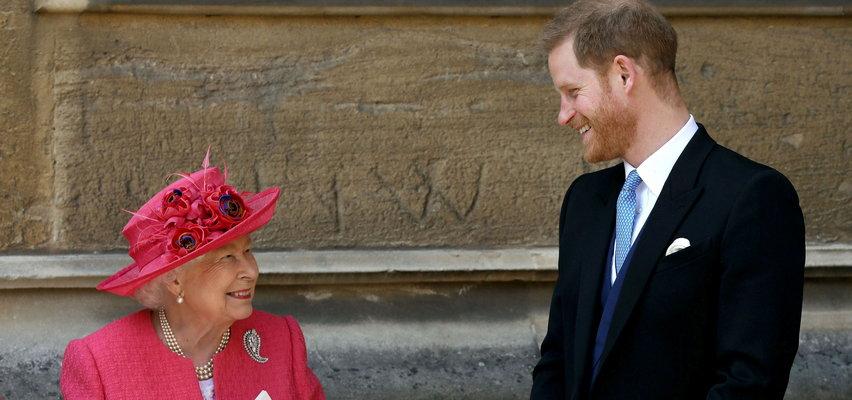 Książę Harry na uczcie w zamku Windsor! Co królowa chce mu powiedzieć?