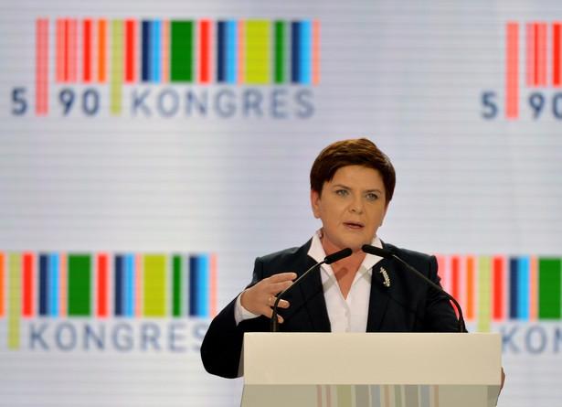 Premier Beata Szydło podczas inauguracji Kongresu 590