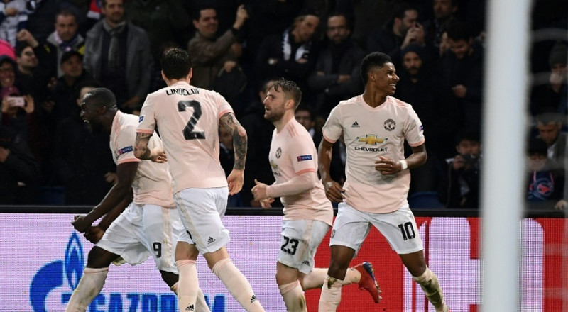 Manchester United stun Twitter with 3-1 win over PSG to reach quarter-finals of Champions League