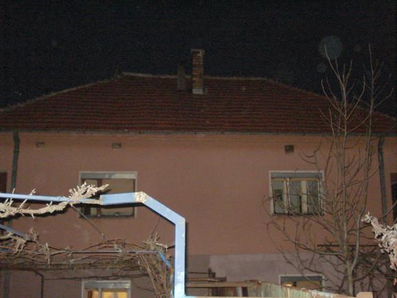 Kuća i dimnjak zbog kojeg su se zavadili rođaci