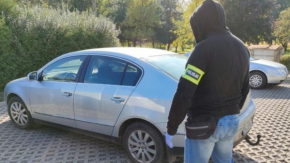 Ukradli samochód rolnikowi z gminy Krzyżanów, teraz usłyszeli zarzuty